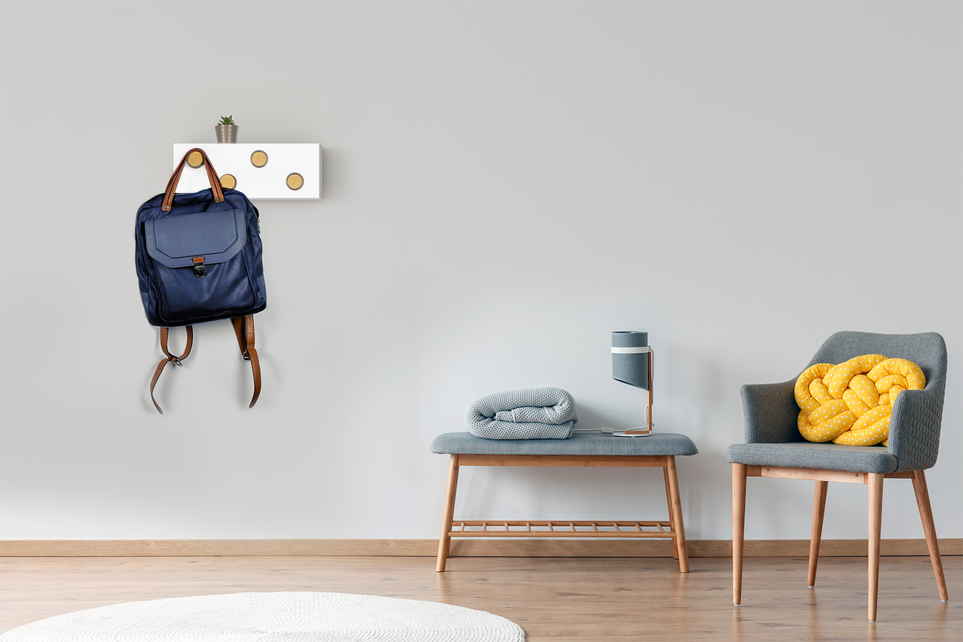 Nordic furniture style. Interactive wall hanger that allows the creation of different compositions depending on the user's needs.